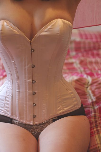What Katie Did overbust corset