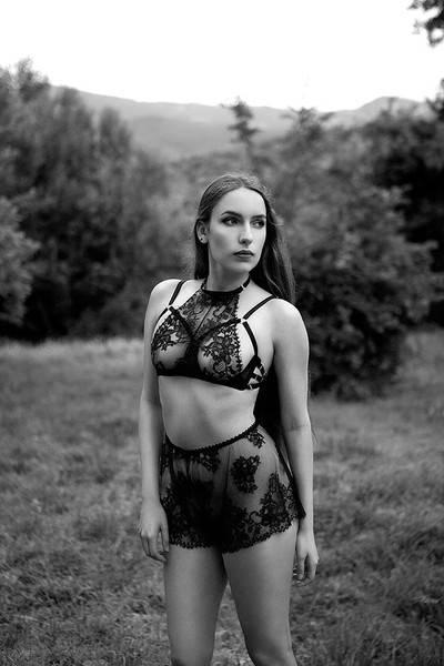 Karolina Laskowska Daniela Eyelash Halter Bra
