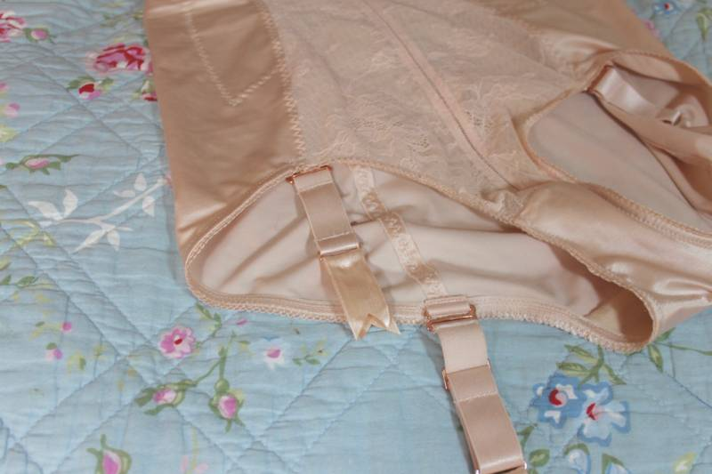 Gossard Retrolution