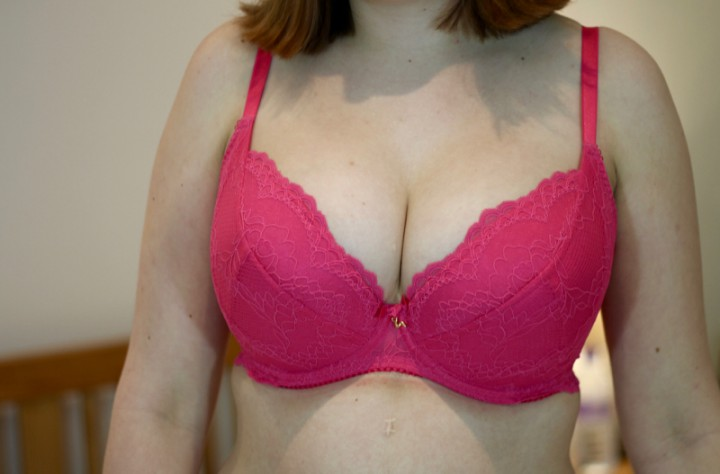 Gossard Superboost Lace Plunge bra review 30G