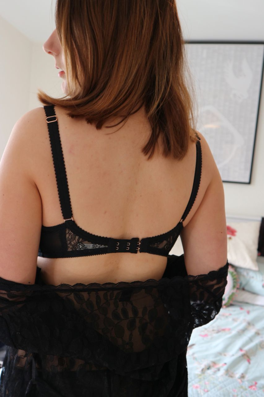 Gossard Olympia VIP High Apex bra with suspender briefs review - 30G