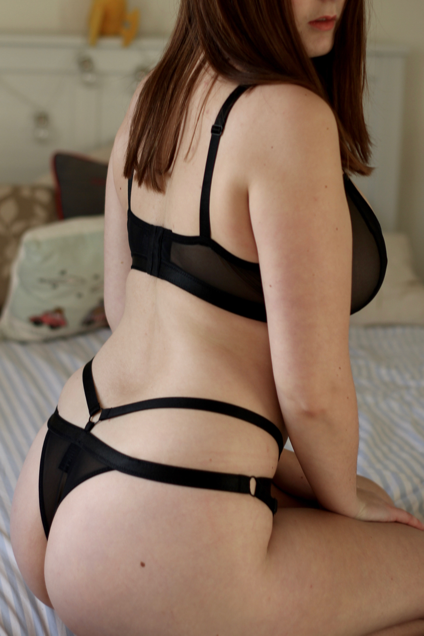 8197c13eee Twisted Lingerie Xenia Classic set bra and knickers review - size medium ...