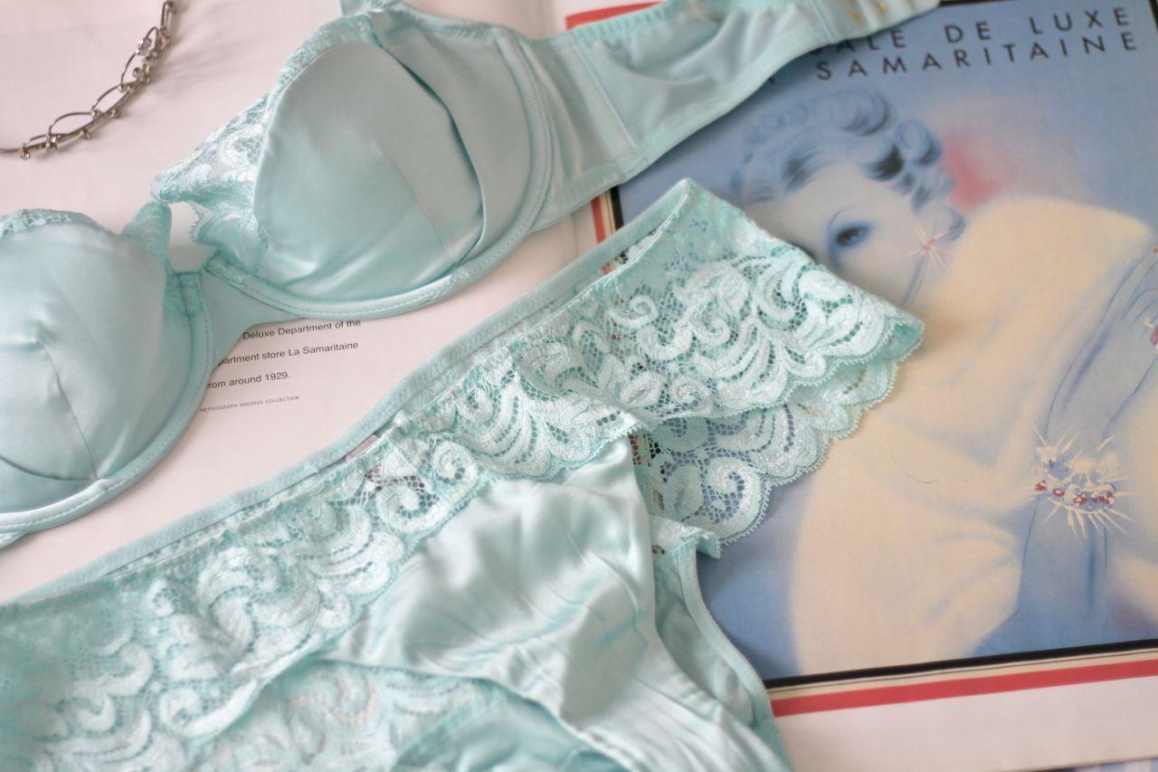 Adina Reay Pru bra duck egg blue review: 28G