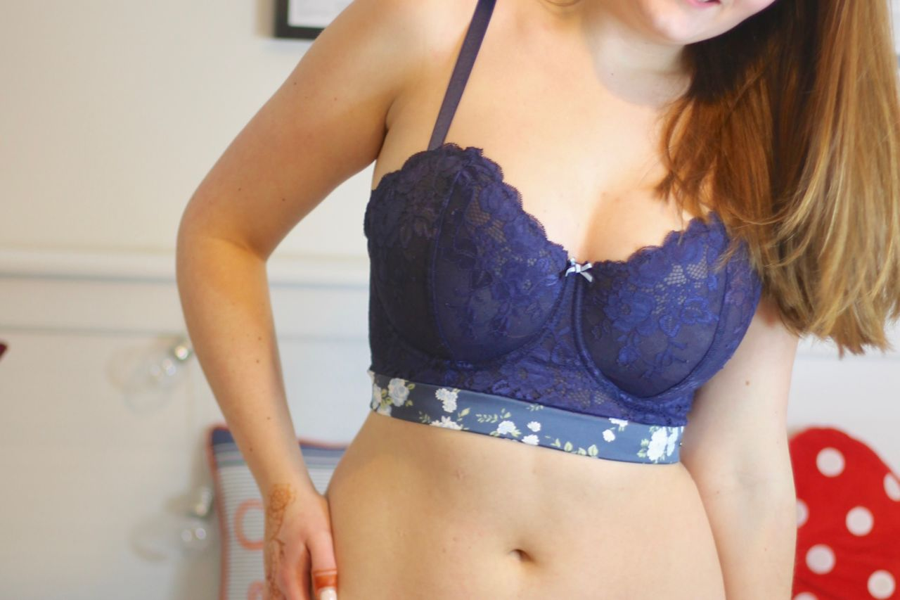 Attollo Lingerie review - Emelie longline bra 28GG & Polly briefs